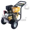 Máy rửa xe chạy xăng 15D28-7