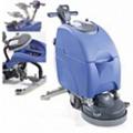 Máy chà rửa sàn liên hợp Numatic TT-4550S