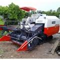 Máy gặt đập liên hợp Kubota PRO 688Q