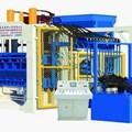 Máy sản xuất gạch bê tông QT12-15