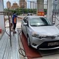 Cầu nâng 1 trụ rửa xe ô tô Ấn Độ âm nền SH04-A