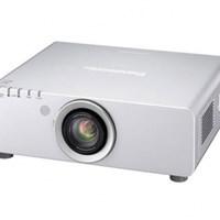 Máy chiếu Panasonic PT-D5000E