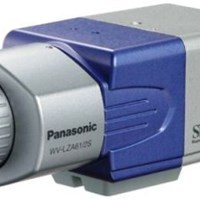 Camera màu Panasonic WV-CP484