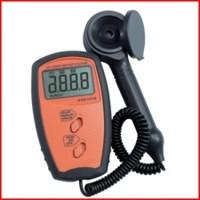 Máy đo cường độ ánh sáng UV340B