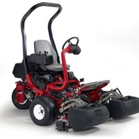 Máy cắt cỏ sân golf Greensmaster® TriFlex™ Hybrid 3320