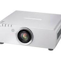 Máy chiếu Panasonic PT-DW640