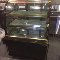 Tủ trưng bày kính cong DH 900
