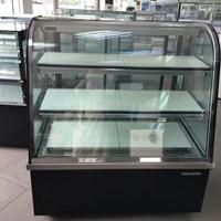 Tủ trưng bày bánh kem BERJAYA kính cong màu đen CCS12SB13-2FB
